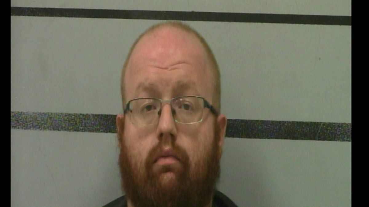 Robert David Fyke, 33