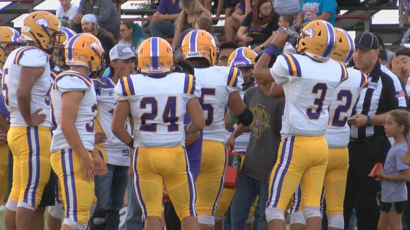 The Anton Bulldogs are the End Zone team of the week as they knocked off previously undefeated...